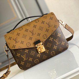 Ŀouis Vuittοn Shoulder bag Handbag